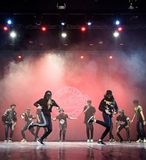 Fair Play Dance Camp - Performance on the stage